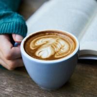 PoeticamenteVenerdì - Non innamorarti di una donna che legge di Martha Rivera Garrido