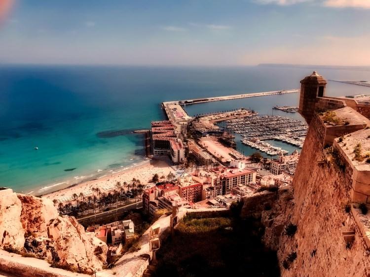 Alicante di Jacques Prévert