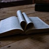 La poesia della settimana: La cosa più bella di Saffo