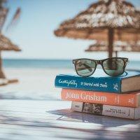 I consigli del mese: libri e mare