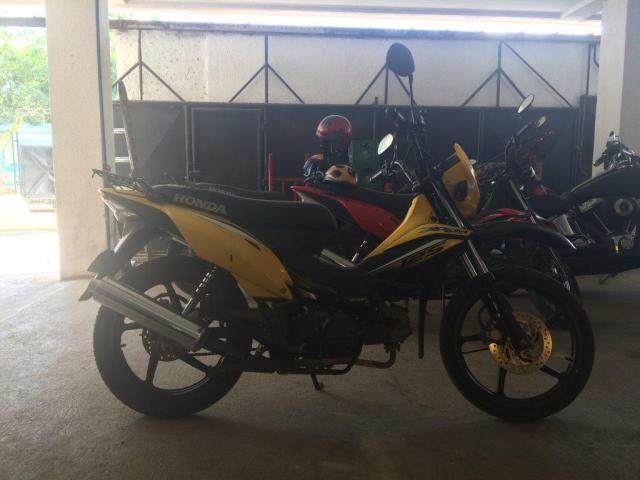 honda xrm yellow