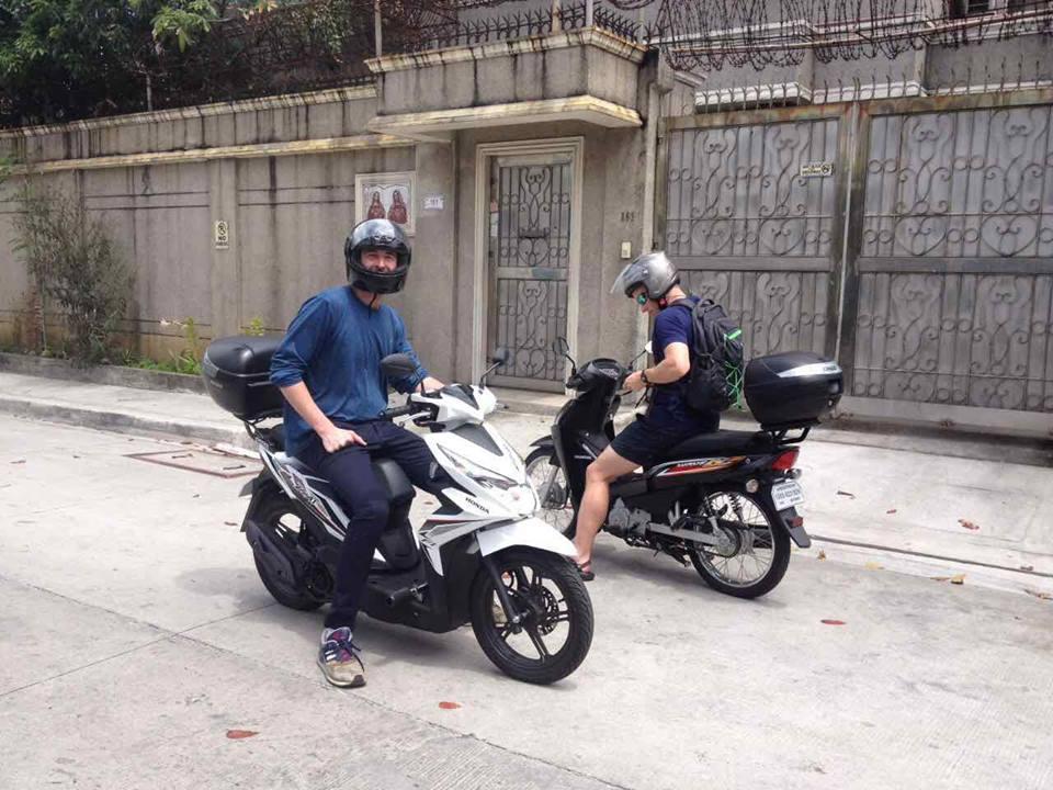 Rent motorbike in manila