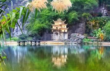 Bich Dong Pagdoa, Ninh Binh, Vietnam