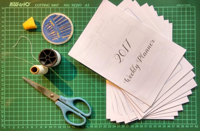 2017 weekly planner binding material