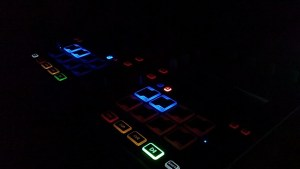 dj-panel-header