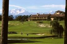 Giocatori sul campo del Golf Club Castelconturbia