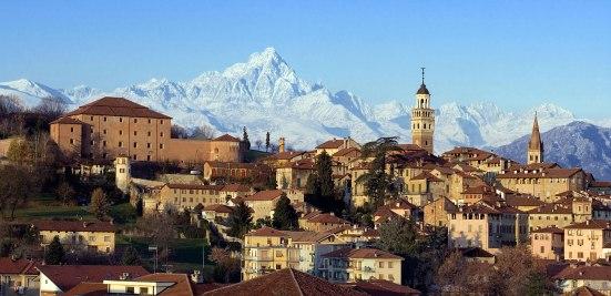 Saluzzo-Cuneo - Vista sulla città - bookingpiemonte