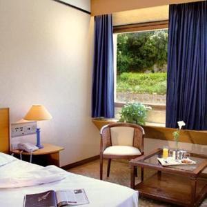 https://i1.wp.com/www.bookings.net/images/hotel/max300/549/549511.jpg