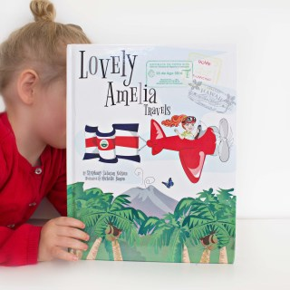 """Lovely Amelia Travels (Costa Rica)"""