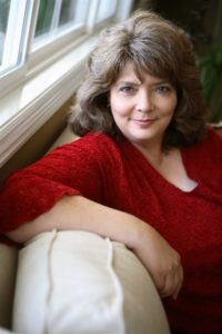 Suzanne Enoch 200x300 Its Getting Scot in Here by Suzanne Enoch   Q & A, Excerpt & Giveaway