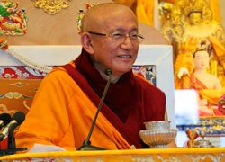 Foto-web2-Gonsar-Tulku-Rinpoche