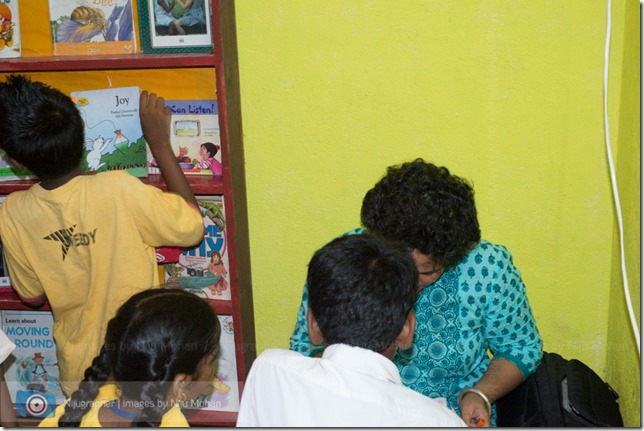 Dental_Checkup_at_Chimbel_by_Dr_Fernando_Noronha_and_teamMobile_Outreach_Program_Bookworm_Kannio_Initiatives-Nijugrapher-DSC_7031