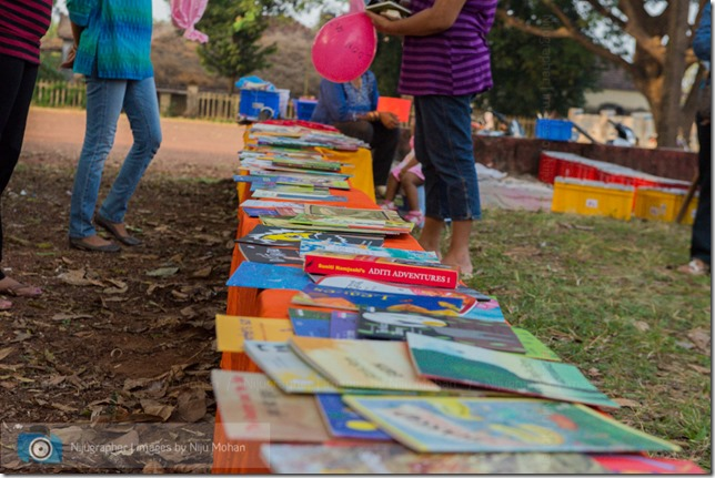 Aldona_Reading_in_the_Park_Bookworm-Goa-Nijugrapher-images-by-Niju_Mohan-23-untitled-DSC_7754