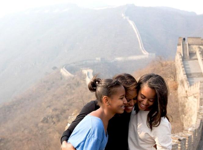 Sasha, Malia, and Michelle at the Great Wall of China