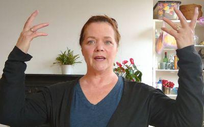 Kathleen Warner Yeates – Class 4- The Spoken Voice