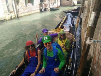 050 SUPER Gondola
