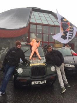 060 Fake Taxi at the Circle