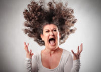 Woman with crazy hair furious about the 4% Rule being reported incorrectly.
