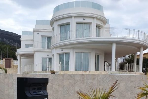 Luxury Villa in Albir