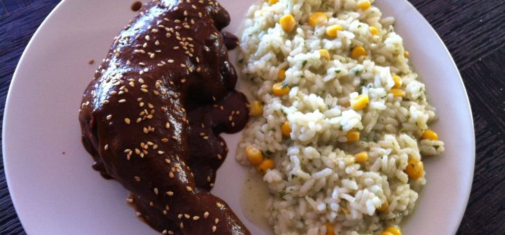 """Pollastre al """"mole rojo"""" amb arròs a la mexicana"""