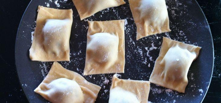 Raviolis: alla parmigiana, ricotta e spinaci i bolognesa