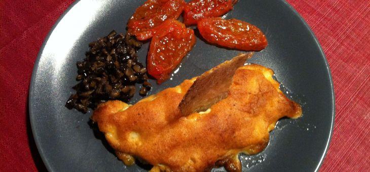Bacallà gratinat amb allioli de romaní, tomàquet confitat i caviar d´alberginia