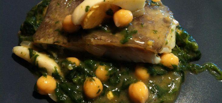Bacallà amb espinacs i cigrons