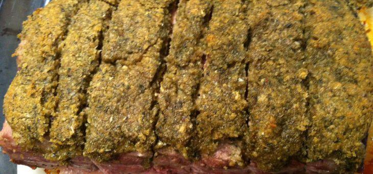 Rosbif amb crosta d´herbes fresques i all