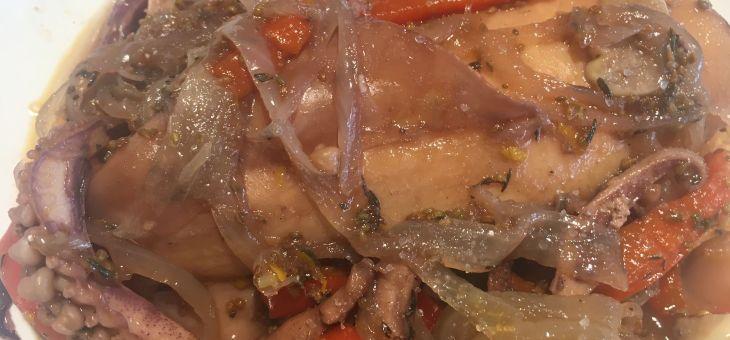 Calamars estofats amb pebrot vermell