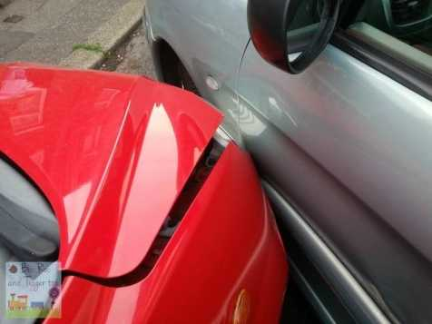 Car crash - Red into green