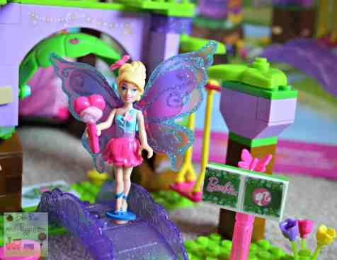 Mega Bloks Barbie Build N Play Fairy Treehouse - Welcome bridge