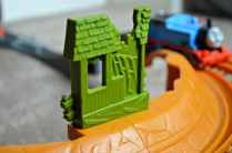 Trackmaster Breakaway Bridge Playset - Broken shack