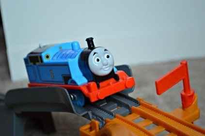 Trackmaster Breakaway Bridge Playset - Thomas hill climb