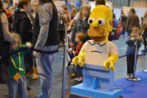 bricklive-2016-lego-dimensions-homer-simpson