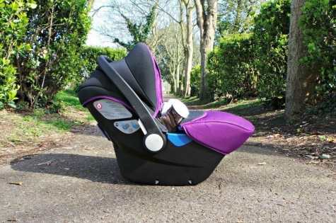 Silver Cross Simplicity Car Seat - Fold away position