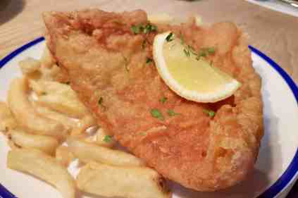 Fish House - Skate and chips