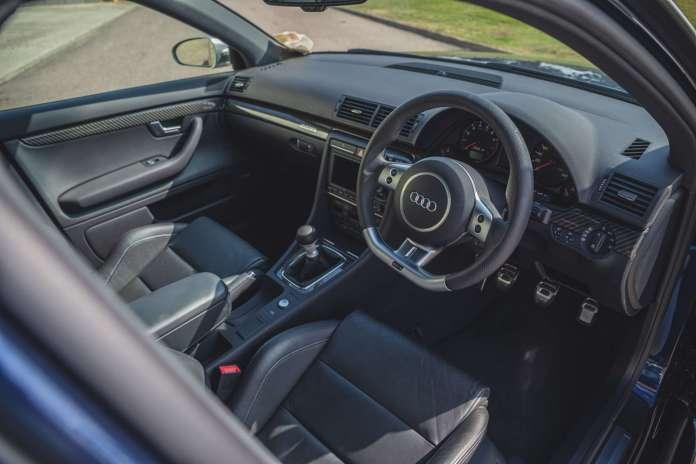 Verdens måske mest velbevarede Audi RS4 af B7-generationen skal på auktion til november. Bilen har kun kørt 349 kilometer.