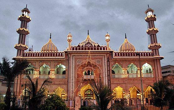 Karachi Aram Bagh Mosque