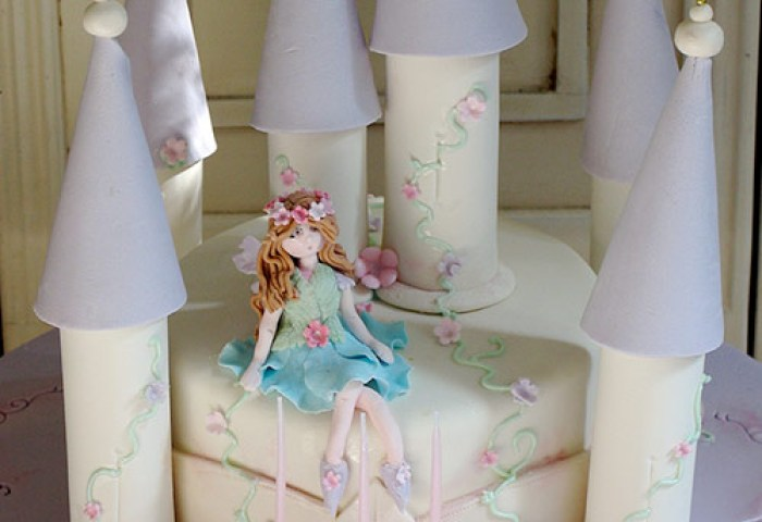 40 Creative Cake Designs Which Will Make You Look Twice