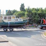 Bootstransport Richtung Autobahn