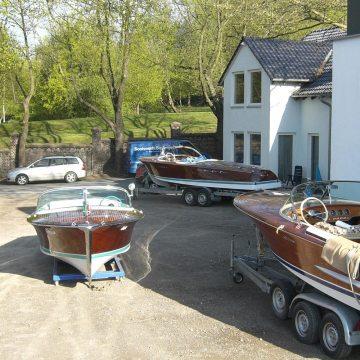 Drei Riva Boote in der Bootswerft Baumgart