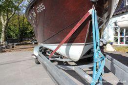 Bug einer Boesch 590 St. Tropez auf dem Werftgelände der Bootswerft Baumgart in Dortmund