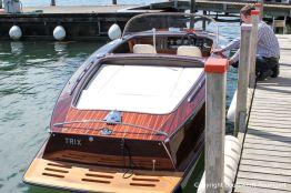 Boesch 590 St. Tropez Motorboot im Wasser des Zielhafens in der Schweiz nach durchgeführtem Refit in der Bootswerft Baumgart