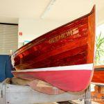 Restauration eines klassischen Holzruderboots