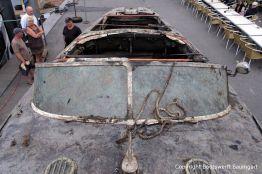 Frontscheibe der Riva Super Aquarama nach der Bergung durch die Bootswerft Baumgart