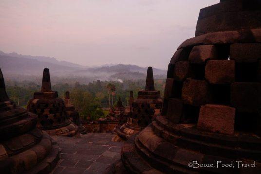 Borobudur-mist