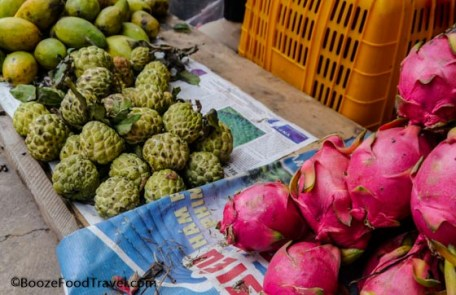 fruit vendor vietnam