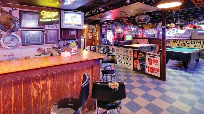 National Dive Bar Day