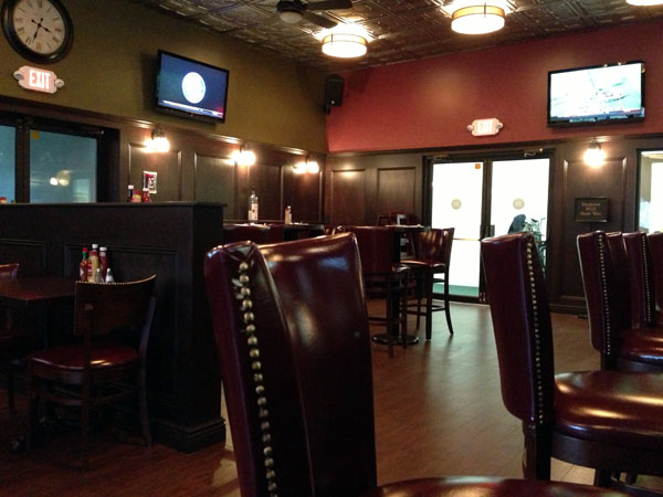 Craft Beer And Bar Food At Hudson 303 Sport Cafe In Tappan