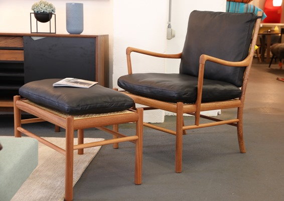 Colonial Chair & Footrest OW149 3